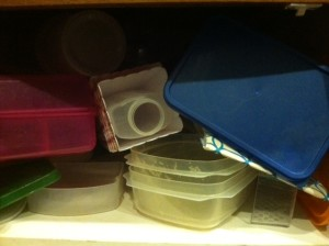How to Organize Plastic Containers and Lids