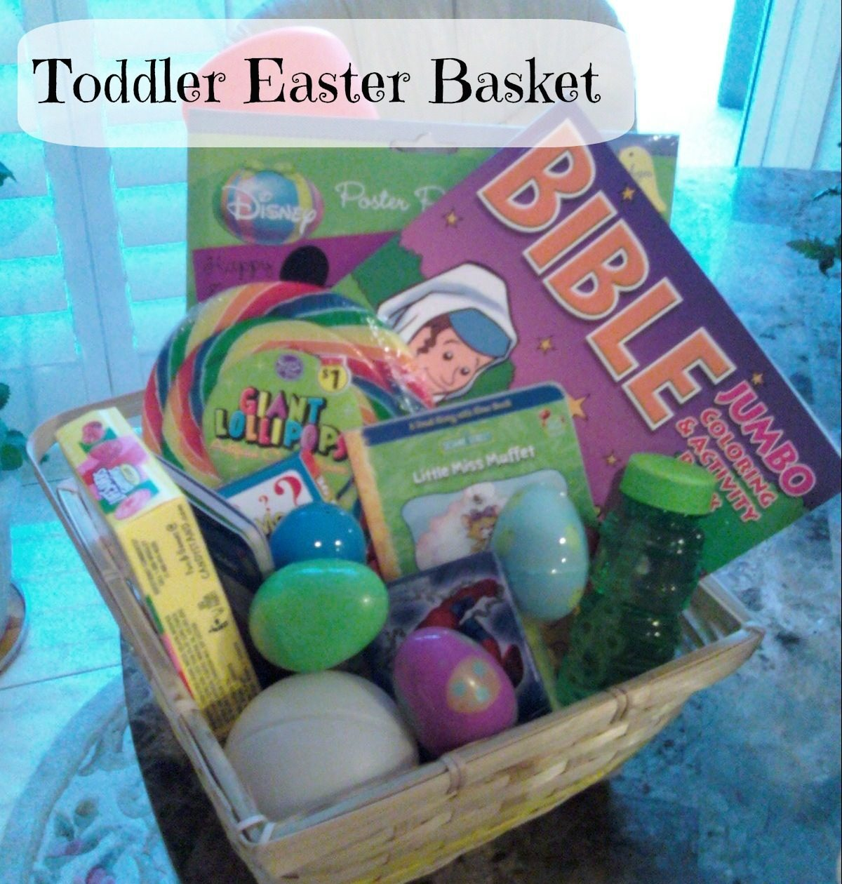 Homemade Easter Basket Ideas from Momslifeboat.com @ginahorne #Easter
