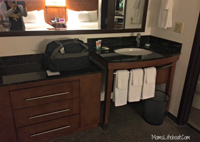 hyatt place scottsdale phoenix az sleeps 6 guests